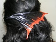 Black and Red Wing Haircomb